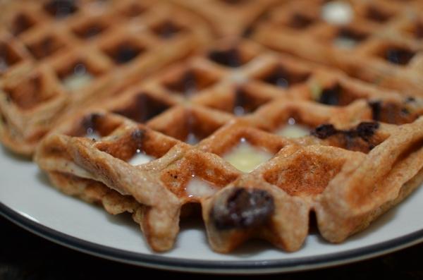 BananaBreadChocolateChipWaffles4