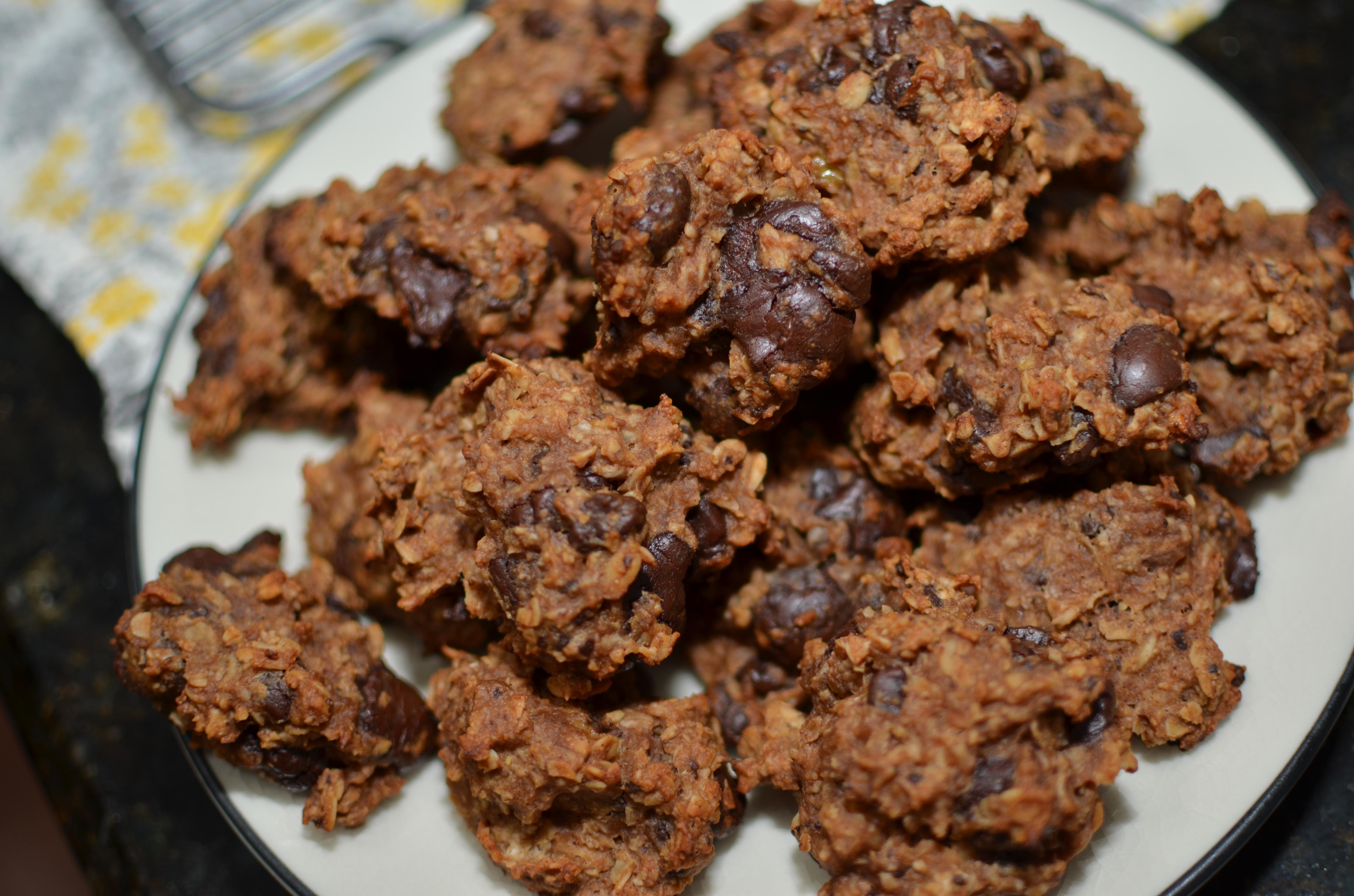 Banana Oatmeal Chocolate Chip Cookies   whole food runner